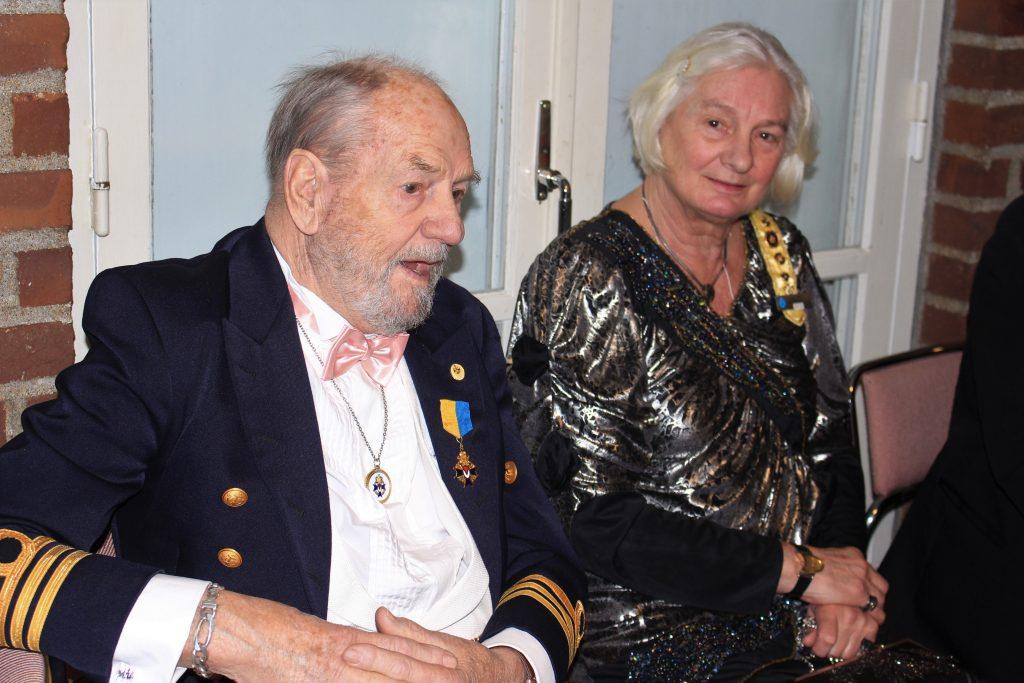 Br Arne och Sy Ingva-Britt från LL Klockan.